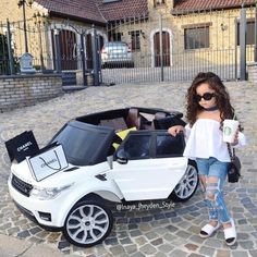 Little fashionista Via Credit Toddler Girl Style, Toddler Fashion, Kids Fashion, Toddler Girls, Style Fashion, Outfits Niños, Baby Outfits, Little Girl Outfits, Little Girl Fashion