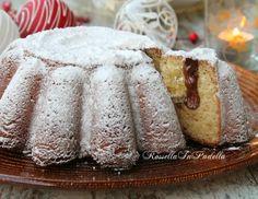 Torta pandoro farcita con nutella Mini Desserts, Dessert Recipes, Sweet Cooking, Italian Cake, Food Obsession, Bread Cake, Sweet Cakes, Sweet Bread, Food Menu