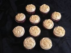 Red velvet with cream chesse and gold dust cupcake