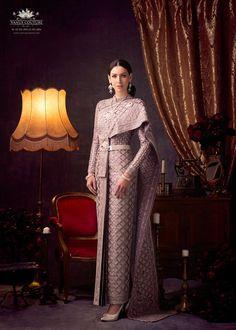 Thai Fashion, Japanese Fashion, Thai Wedding Dress, Khmer Wedding, Wedding Dresses, Pregnancy Fashion Summer Casual, Thai Traditional Dress, Afghan Dresses, Thai Dress