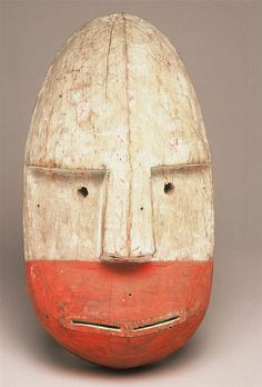 Masque Shugishat (grand masque qui était censé venir de la mer), Archipel de Kodiak, Alaska, collecté en 1871/2 par Alphonse Pinart (1852-1911)