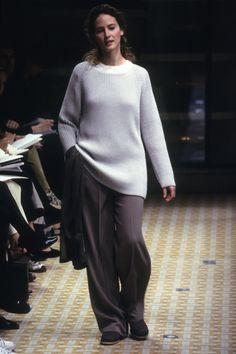 [Hermès] SPRING 1999 READY-TO-WEAR 90s Fashion, Retro Fashion, High Fashion, Fashion Show, Fashion Design, Runway Fashion, Original Supermodels, Cute Comfy Outfits, Basic Outfits