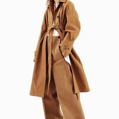 #jilsander #resort2017 . . #fashiongram #fashion #inspiration #mood #style #vogue #moodboard #영감 #스타일 #코디 #스타일링 #패션 #ootd #패션스타그램 #데일리코디 #옷 #옷스타그램 #오오티디 #인스타패션 #데일리룩 #데일리