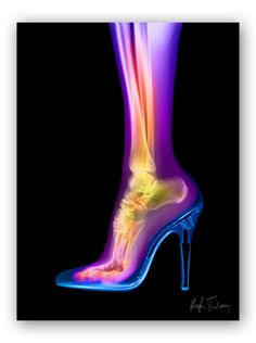 Stiletto (femme-fatale): 1998 Hugh Turvey, Artist in Residence at the British Institute of Radiology. Xogram hand coloured.     Hugh's image