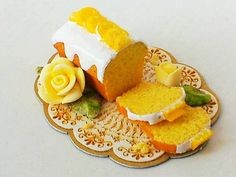 1 12 Scale Lemon Cake Roll by Artisan The English Kitchen Dollhouse Miniature | eBay