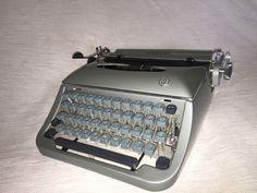 Mechanische Schreibmaschine Klein-Torpedo 20 portable typewriter