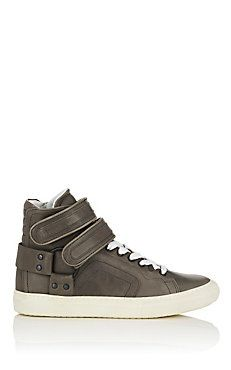 7a8868db2028 Women s Size 6 US Sneakers