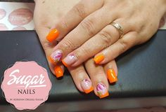 Neon nails with flower