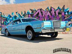 Lincoln Continental Mark IV