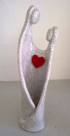 Simple lines - could do with ceramic, leather or other sturdy media. ceramic raku figure token of love by MartinONeillceramics on Etsy, Hand Built Pottery, Slab Pottery, Ceramic Pottery, Pottery Art, Ceramics Projects, Clay Projects, Clay Crafts, Pottery Sculpture, Sculpture Clay