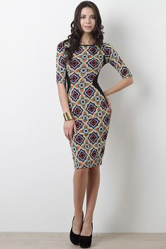 Get a good hold of your unique style in this Psychedelic Bind Dress. This bodycon dress features a round, slight scoop back, quarter-length sleeves, colorful pattern prints, and contrasting side panels.