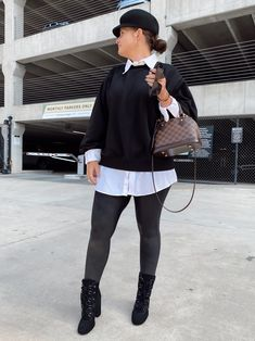 5 WAYS TO WEAR SPANX LEATHER LEGGINGS   THE RULE OF 5 Spanx Leather Leggings, Style Blog, Blogger Style, Errands Outfit, Trendy Girl, Fall Winter Outfits, 5 Ways, Chic Outfits, Casual Chic