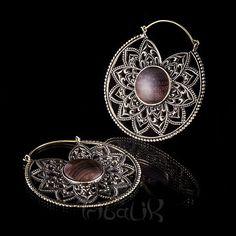 YUCHI Brass & Wood Mandala Hoop Earrings  Brass hoop por TRIBALIK