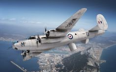 Avro Shackleton Airfix box art by Adam Tooby - of 224 Squadron, RAF North Front, Gibraltar, September 1967 Navy Aircraft, Military Aircraft, Military Art, Military History, Avro Shackleton, Airfix Models, South African Air Force, Model Tanks, Royal Air Force