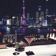 上海のバーのおすすめは?ルーフトップで夜景を独り占め!優雅な高級店も! | 旅行ガイドTravelNote[トラベルノート]