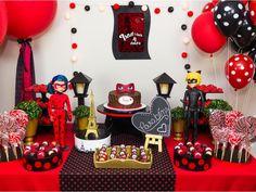 Festa Ladybug - Aluguel de Decoração que você encontra na www.festeirice.com.br