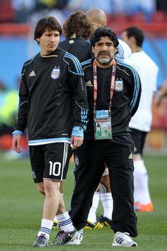 Diego+Maradona+Lionel+Messi+Argentina+v+Nigeria+Ze2Dd6z4S5Nl
