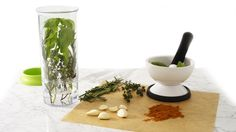 2-in-1 Mortar & Pestle and Herb Keeper