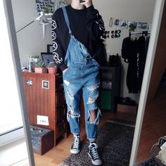 elegant casual men outfit ideas with jeans for any season 20 Vintage Outfits, Retro Outfits, Trendy Outfits, Fashion Outfits, Fashion Styles, Guy Outfits, 80s Fashion Men, Korean Fashion, Male Fashion