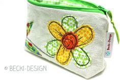 Becki-Design: Nähmalerei auf altem Leinen