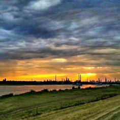 Sonnenuntergang am Rhein. Leverkusen, Monheim, Dormagen