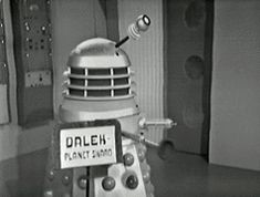 The single greatest gif of The First Doctor ever.