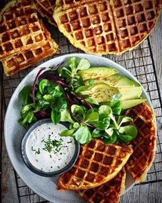 Mat På Bordet - Oppskrifter for alle! Frisk, Waffles, Bacon, Breakfast, Morning Coffee, Waffle, Pork Belly