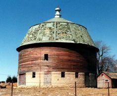 Round barn in Iowa