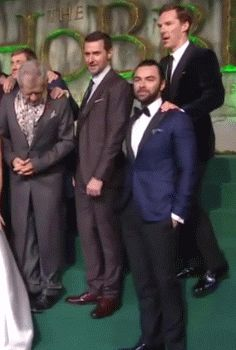 They're all in love with each other. Hobbit Cast. I WAS THERE WHEN THIS HAPPENED I SAW THIS IN PERSON.