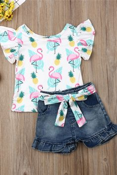 Toddler girls flamingo print summer top and shorts set with matching sash belt. Dresses Kids Girl, Little Girl Outfits, Toddler Outfits, Kids Outfits, Cute Outfits, Toddler Girls, Baby Girl Fashion, Kids Fashion, Kids Shoes Near Me
