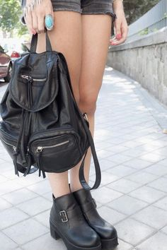 Streetsyle: Agosto en Madrid: mochila negra de Primark