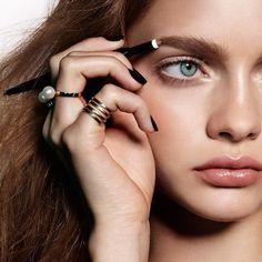 my eyebrow TRICKS-OF-THE-TRADE http://bellamumma.com/2017/01/eyebrow-tricks-of-the-trade.html?utm_campaign=coschedule&utm_source=pinterest&utm_medium=nikki%20yazxhi%20%40bellamumma&utm_content=my%20eyebrow%20TRICKS-OF-THE-TRADE