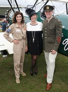 Zara Phillips dresses her baby bump in vintage clothing at the Goodwood Revival Festival - Photo 4 | Celebrity news in hellomagazine.com