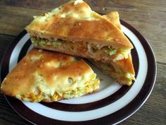 Resepti on slaavilaisesta keittiöstä. Eat Lunch, Pastry Cake, Spanakopita, Apple Pie, Sandwiches, Food Porn, Good Food, Food And Drink, Snacks