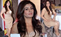 Raveena-Tandon-Hot-Moments-at-event-Picture-Gallery