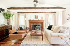Love the rustic effect of the wood beams.