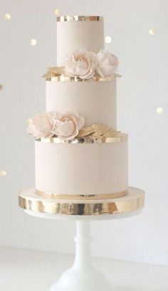 20 simple elegant wedding cakes for spring / summer . - 20 simple elegant wedding cakes for spring / summer 2020 - EmmaLovesWeddings blush pink and gold wedding cake ideas - # wedding cake burgundy Simple Elegant Wedding, Elegant Wedding Cakes, Beautiful Wedding Cakes, Wedding Cake Designs, Simple Weddings, Cake Wedding, Blush Weddings, White Weddings, Beautiful Cakes