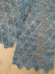 Madrona Lace Scarf by Evelyn A. Clark another free pattern on Ravelry - saw this at Stitches South knitted in a sport weight hand dyed merino by Dragonfly, it was beautiful.