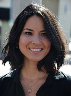 Olivia Munn Hair. shoulder length bob. brunette