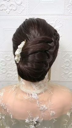 Bun Hairstyles For Long Hair, Bride Hairstyles, Headband Hairstyles, Indian Bun Hairstyles, Hair Updo, Celebrity Hairstyles, Summer Hairstyles, Front Hair Styles, Medium Hair Styles