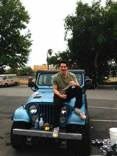 Discovered by Lu. Find images and videos about teen wolf, dylan o'brien and stiles stilinski on We Heart It - the app to get lost in what you love. Stiles Teen Wolf, Teen Wolf Cast, Teen Wolf Boys, Teen Wolf Dylan, Stiles Jeep, Teen Wolf Isaac, Scott Mccall, Dylan Sprayberry, Charlie Carver