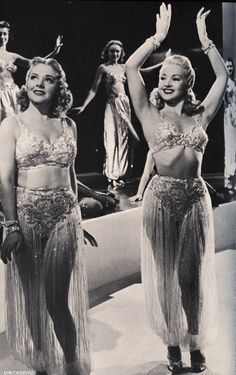 Alice Faye & Betty Grable in a scene from Tin Pan Alley (1940)