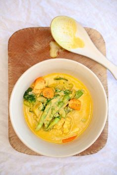 Detox Vegetable Curry - The Healthy Chef - Teresa Cutter Curry Recipes, Soup Recipes, Vegetarian Recipes, Healthy Recipes, Healthy Dinners, Fodmap Recipes, Vegetarian Dinners, Healthy Mummy, Healthy Chef