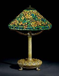TIFFANY STUDIOS  A 'ROSE' LEADED GLASS AND BRONZE TABLE LAMP, CIRCA 1905