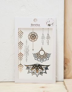 Tattoos Metallic-Effekt - Accessoires - Bershka Germany
