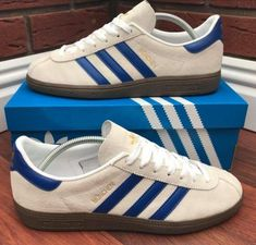 White suede Munchen very nice, really underrated shoe. Adidas Og, Adidas Sneakers, Sneakers 2016, Basketball Sneakers, Sport Fashion, Mens Fashion, Sergio Tacchini, Football Casuals, Adidas Gazelle