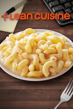 When you're craving comfort food, grab a Lean Cuisine Vermont White Cheddar Mac & Cheese! This freshly made cavatappi pasta smothered in a rich Vermont white cheddar cheese sauce is a nutritious and delicious meal worth sharing- but you won't want to! #LeanCuisine #MacAndCheese #MacaroniAndCheese #FrozenLunch #FrozenDinner #QuickAndEasy #ComfortFood Cheddar Mac And Cheese, White Cheddar, Mac Cheese, Cheese Sauce, Onion Recipes, Tofu Recipes, Gourmet Recipes, Sweet Recipes, Healthy Recipes