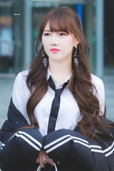 Moon Night ( Nct x Gfriend ) Kpop Girl Groups, Korean Girl Groups, Kpop Girls, Gfriend Profile, Pops Concert, Kpop Hair, Kim Ye Won, Beautiful Girl Image, Becky G