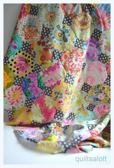 lovely, from Quiltsalott Colorful Vintage Quilt