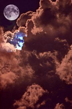 ♥ Lunar Presence::|cM